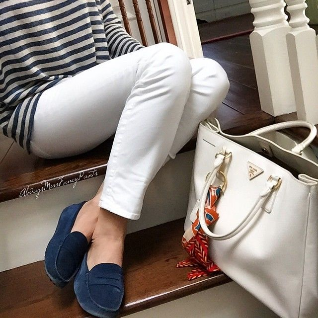 #ootd #PoloRalphLauren top #JBrand pants #tods loafers #Prada bag