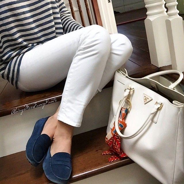 #ootd #PoloRalphLauren top #JBrand pants #tods loafers #Prada bag