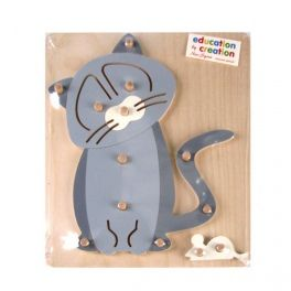 Educational puzzle which develops children's activity and visual-motor coordination. A child puts the pegs fixed on the basis of the individual elements forming an animal silhouette. Made by Neo-Spiro.