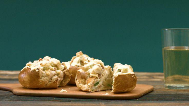 Laugenbrötchen à la Flammkuchen, ein sehr schönes Rezept aus der Kategorie Snacks und kleine Gerichte. Bewertungen: 1. Durchschnitt: Ø 3,0.