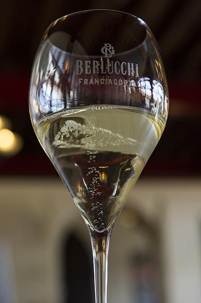 In the mood for sparkling! Berlucchi Franciacorta exclusive sparkling wine #BerlucchiMood