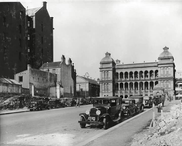 Martin Place,Sydney in 1936.A♥W