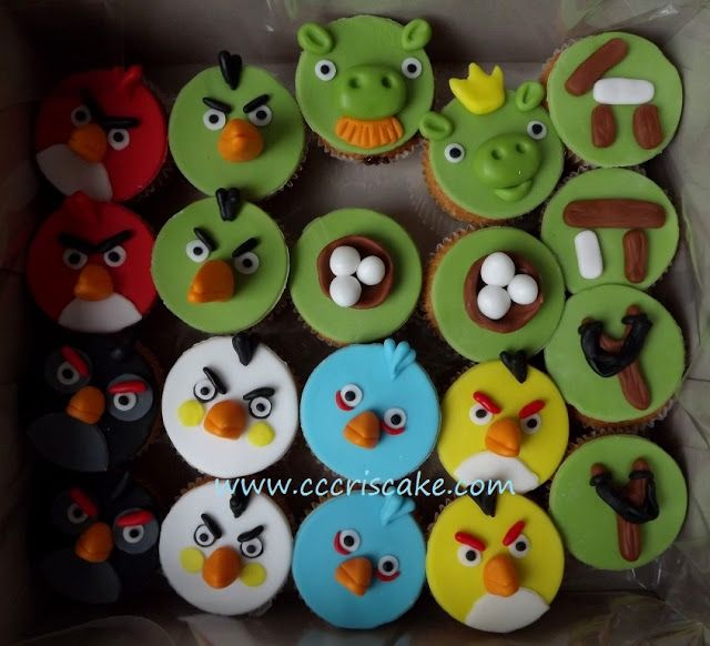 Torturi artistice: Angry Birds cupcakes