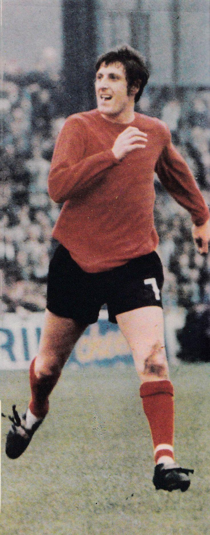 Circa 1969/70. West Bromwich Albion goal scoring midfield man Tony Brown wearing the Baggies change kit.