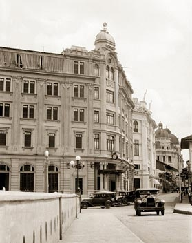 Alferez Real Hotel. Cali in the past...