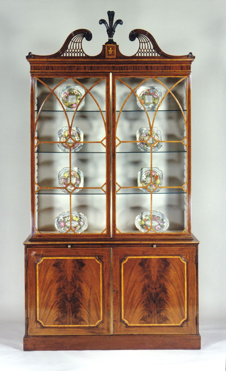 Etienne de souza designer and manufacturer of luxury cabinet - A George Iii Mahogany Bookcase