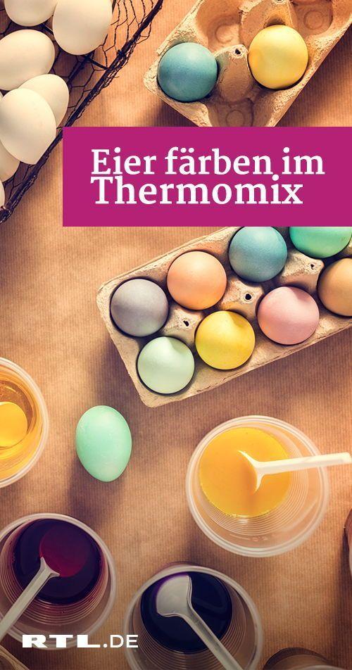 Eier kochen und gleichzeitig schön bunt färben? Kein Problem: Das geht mit dem…