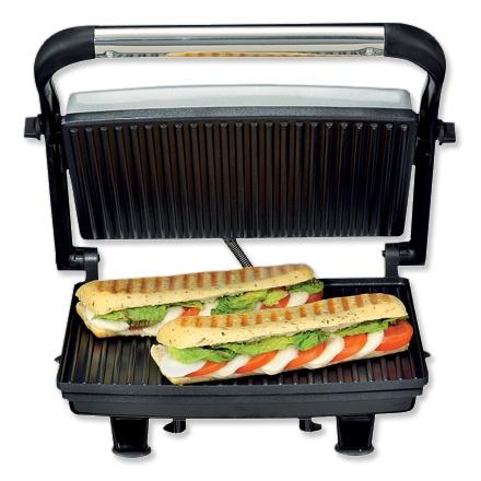 Panini Toaster - Na jarenlange trouwe dienst is het 10 euro tosti apparaat van de Lidl helaas overleden. We missen de knapperig geroosterde broodjes. Bij de kijkshop is een vervangend exemplaar aangeschaft!