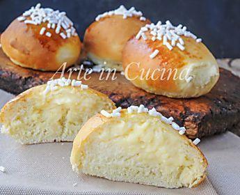 Brioche alla crema pasticcera soffici e facili