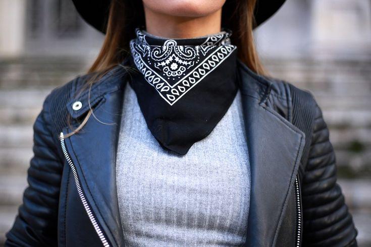 Cazadora cuero/biker: Uterqüe. Jersey: Topshop. Jeans: Topshop. Botines/booties: Bimba&Lola. Bolso/bag: Givenchy. Bandana/scarf: Primark. Sombrero/hat: Primark. Cinturón/belt: Mango.