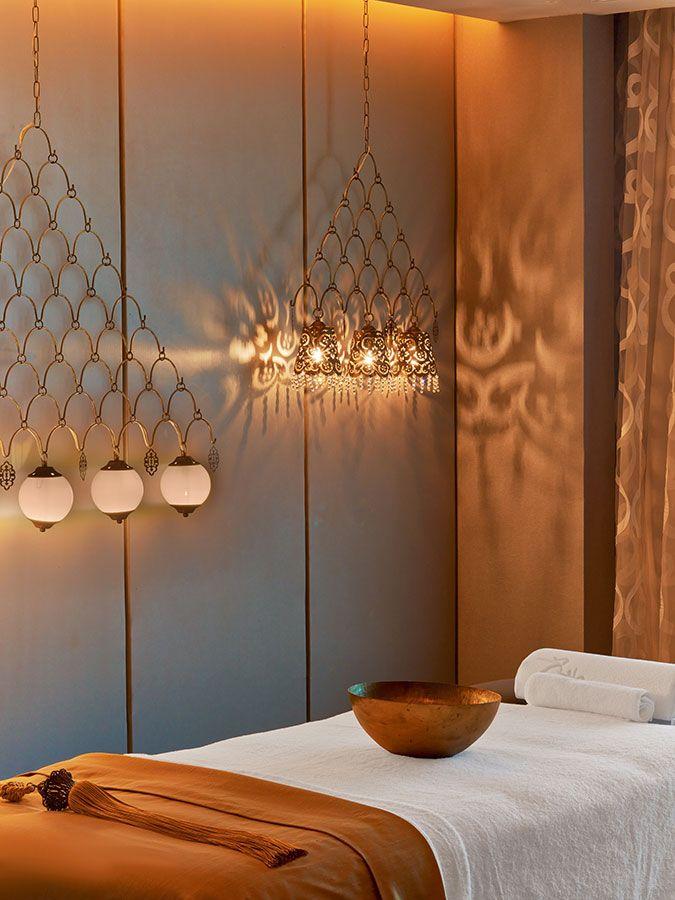 Best 25 spa rooms ideas on pinterest beauty salon decor for Hotel spa decor