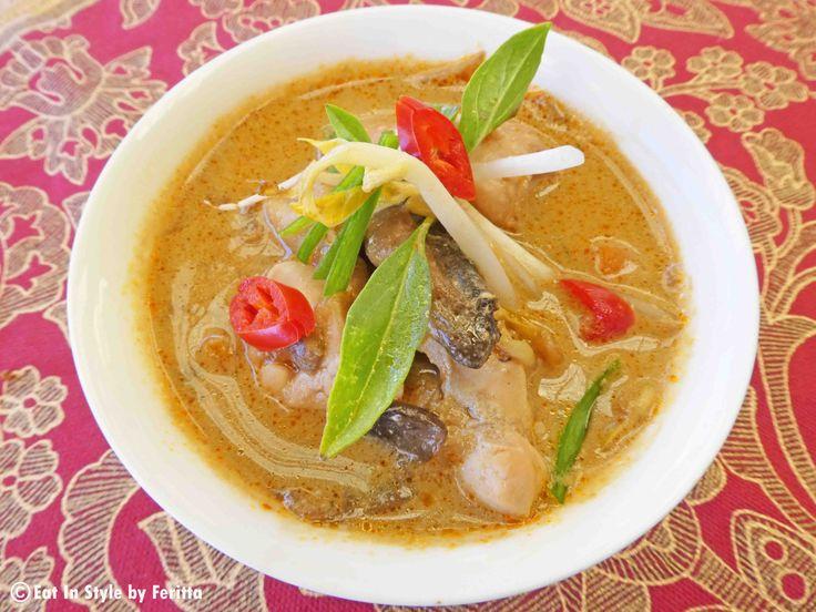 Chicken & Mushroom Thai Coconut Soup.  Healthy & Delicious!