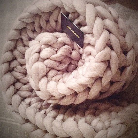 PROMO PRICE Super Chunky Knit Blanket 30x50 by KnitCoutureCo