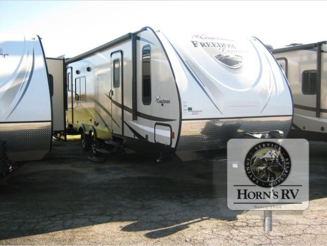 New 2017 Coachmen RV Freedom Express 276RKDS Travel Trailer at Horns RV Center | Sheboygan, WI | #12403