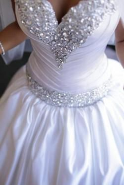 White and Gold Wedding. Sweetheart Corset Ballgown Dress. soo sparkly