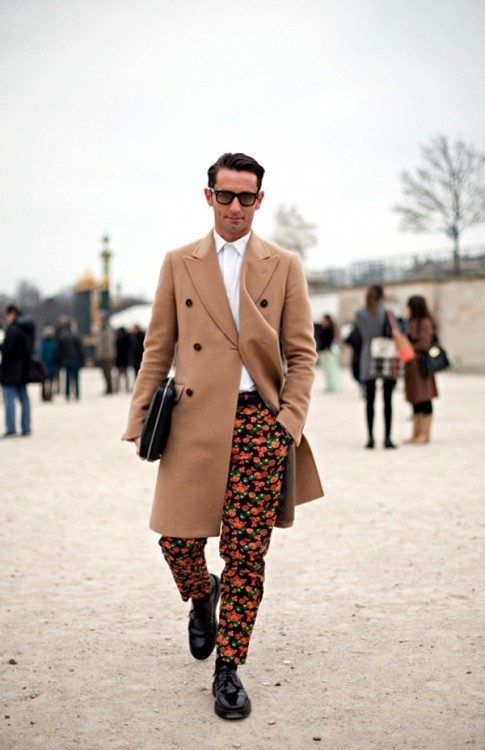 Guys can pull off prints too!