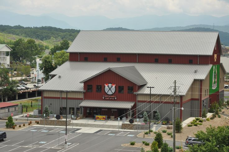 Did you hear the news? Dolly Parton Buys the Lumberjack Feud in Pigeon Forge, TN