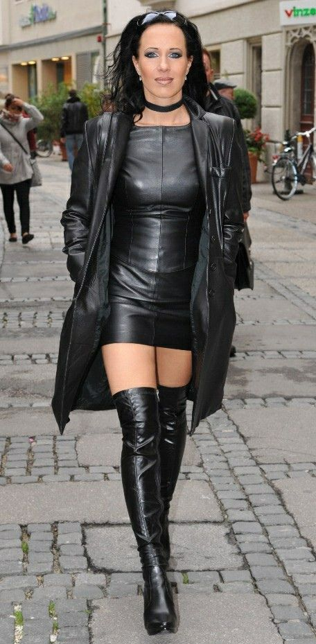 mature in shiny leather latex pvc had had