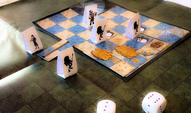 Tabuleiro do RPG Quest, RPG de mesa criado especialmente para introduzir crianças a esse tipo de jogo.
