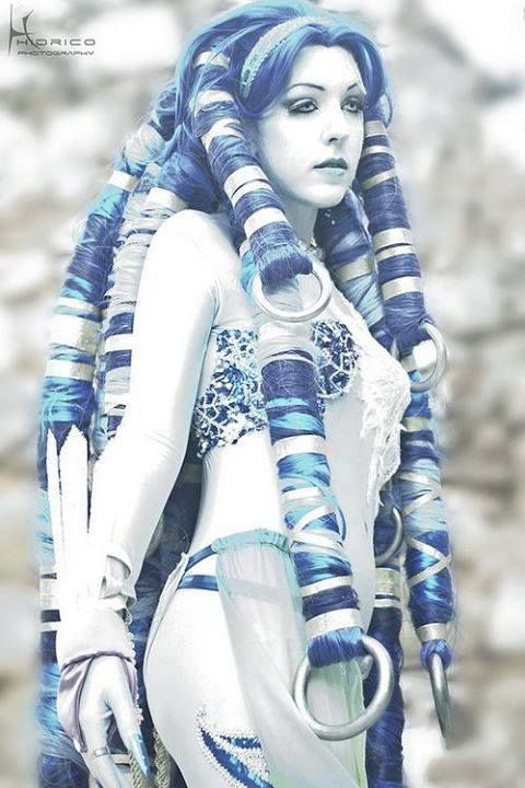 Shiva, Final Fantasy X #Cosplay. Bet that wig is Hevaaayy                                                                                                                                                                                 Plus