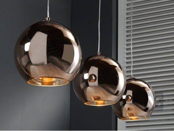 szklane lampy wiszące nad stół
