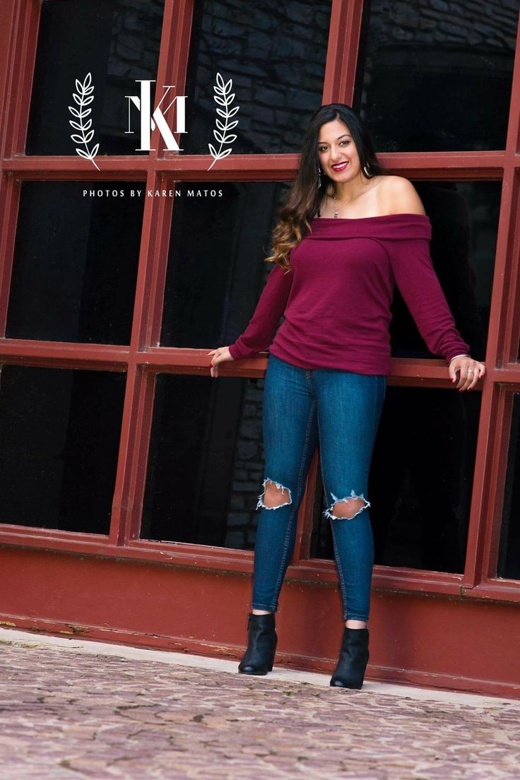 Beautiful senior session at the canals in Las Colinas. Copyright Photos by Karen Matos