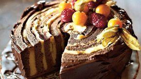 Torta s banánovým krémom a malinami   Recepty.sk