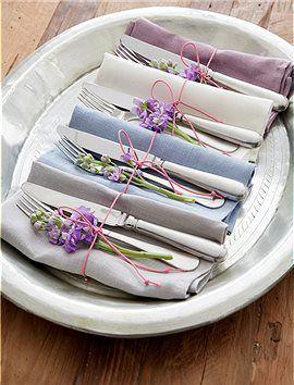 2er Set Servietten Feine Servietten, passend zu Tischdecken und Tischläufern, in schönen Farben aus Leinen. Die bunten Servietten werden im ...