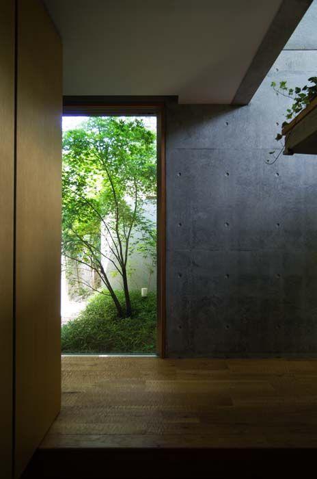 Narita-Entrance.jpg (464×700)