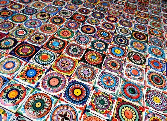 azulejos artesanales elaborados y decorados a mano un oficio histrico renaciendo para hermosear