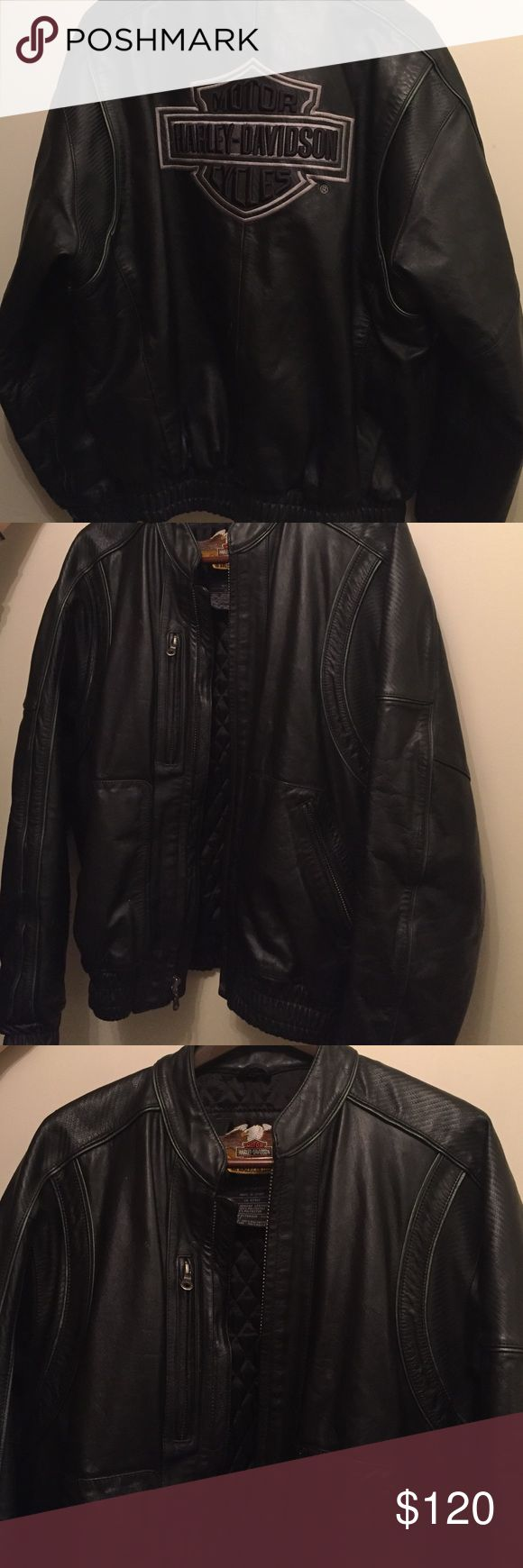 Harley Davidson leather jacket This vintage Harley jacket is perfect for fall or winter. It is in great condition! Genuine leather! Harley-Davidson Jackets & Coats