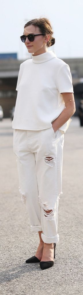 An Expert's Guide to Finding the Perfect White Jeans: 5 tips for finding white denim for Summer and beyond. Relaxed/ distressed denim paired with heels and a structured top make for an effortlessly cool combination.