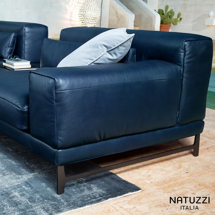 Italian Luxury Furniture Designer Furniture Singapore Da Vinci Lifestyle Italian Sofa Designs Sofa Design Small House Bedroom