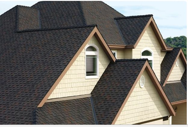 Our Newmarket roofing services offer quality yet affordable services for all roofing needs, both residential and commercial. For worry free leak roof repair, call us immediately! visit http://www.theroofers.ca/community/newmarket-roofing