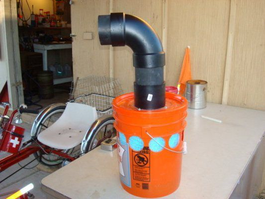 Make an air conditioner from a 5 gallon bucket.