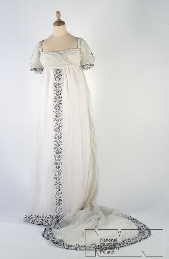 Trained dress, [no date, probably c. 1800].  Ulster Folk and Transport Museum.