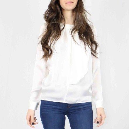 http://kabak.es/producto/blusa-lisa-blanca/
