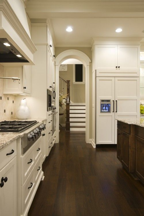 Love dark floors and white cabinets!: Ideas, Kitchens Design, Wood, Floors, Traditional Kitchens, Paintings Colors, Benjamin Moore, White Cabinets, White Kitchens