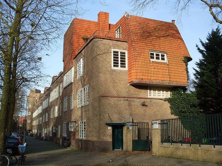 M. de Klerk en Piet Kramer, woningbouwvereniging De Dageraad, P.L. Takstraat, Amsterdam 1918-1923