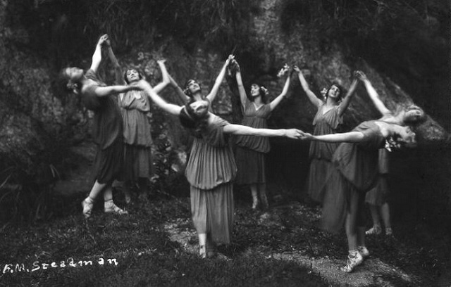 Saison Ciel: Anna Pavlova, Laurett Taylors, Dance Bacchan, Girls Together, Modern Dance, Bohemian Lifstyl, Pavlova Dancers, 1913 Witch, Bohemian Spirit