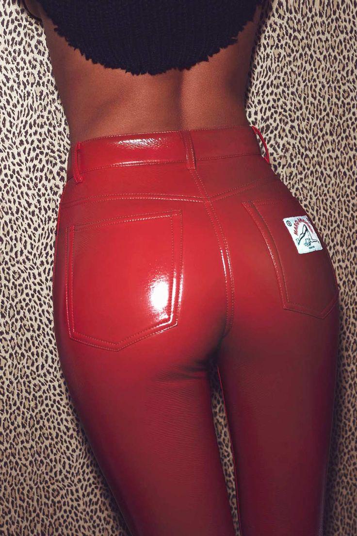 Irina Shayk photoshoot for Vogue Paris #leatherpants #leatherskinnypants