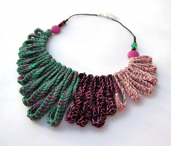 Cotton yarn crochet collar necklace by GiadaCortellini on Etsy, €35.00