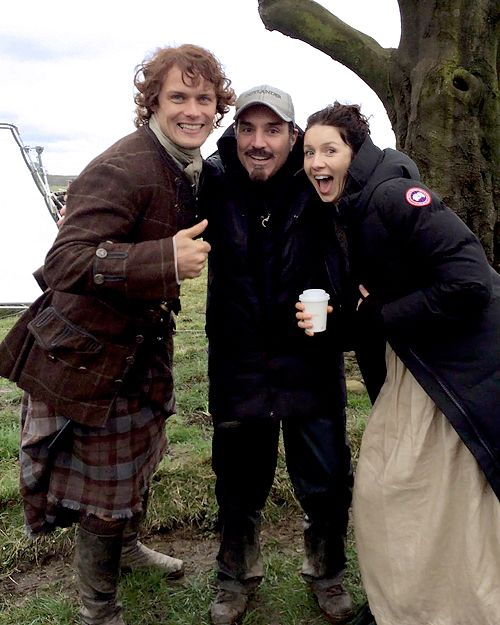 Sam Heughan, Matthew B. Roberts and Caitriona Balfe on set of Outlander Season 2 x