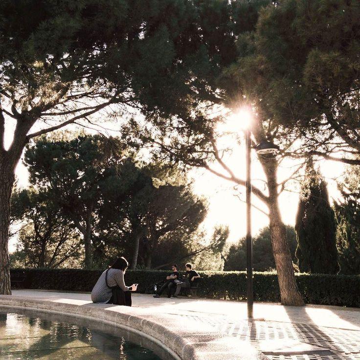 -- PARKLIFE --  #mañocasos [#albertosierra_mobilephotography]