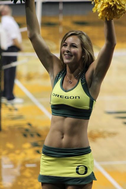 Oregon ducks sexy cheerleaders