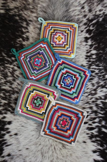 Love this square~Free Pattern.: