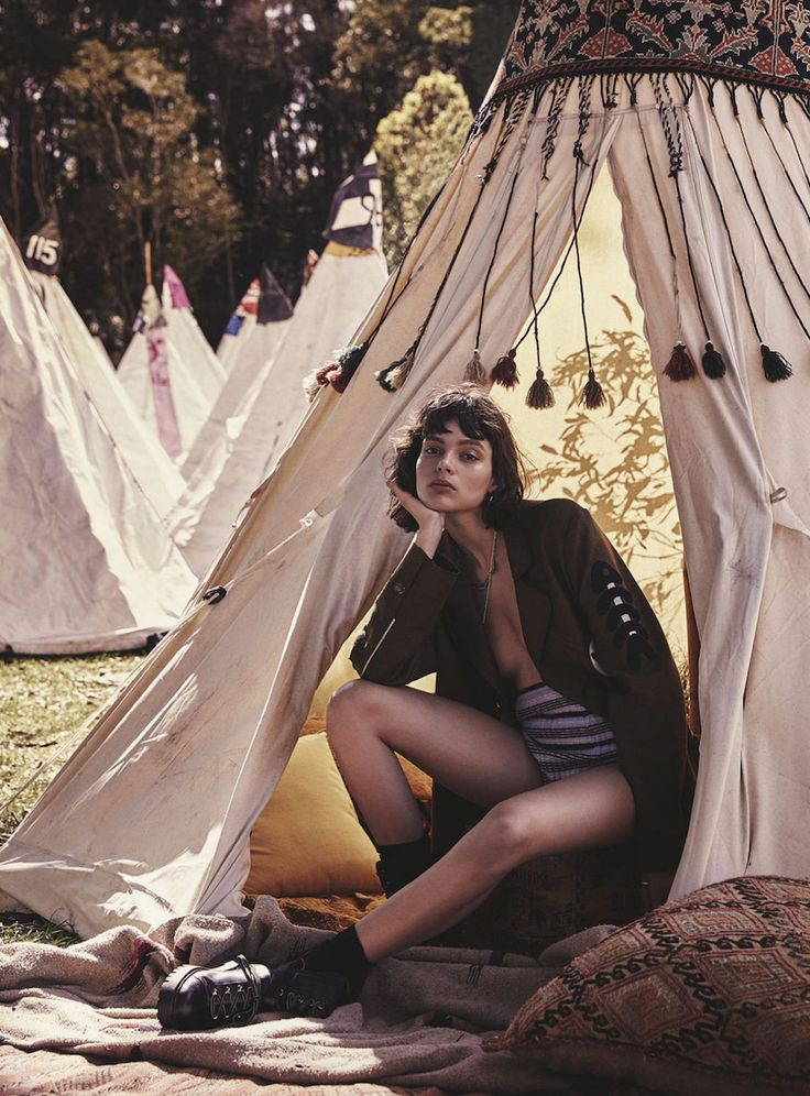 'Splendour In The Grass' ~ Charlee Fraser by Nicole Bentley for Vogue Australia, October 2016