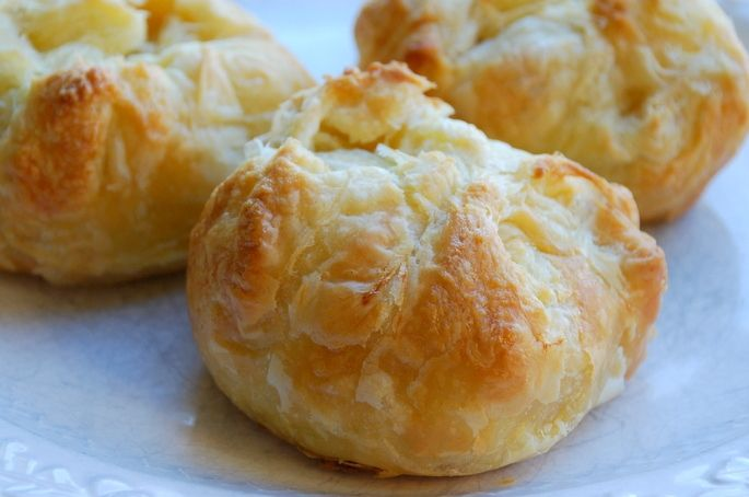 Quick & Easy Knish Recipe (Seasoned Potato Dumplings)