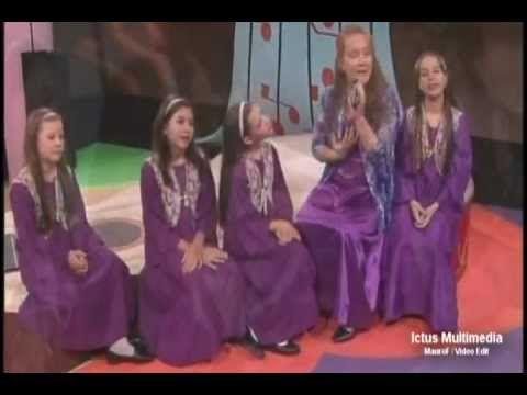 Oh Maria Madre mia - pequeño Jesus - Canciones catolicas para niños - YouTube