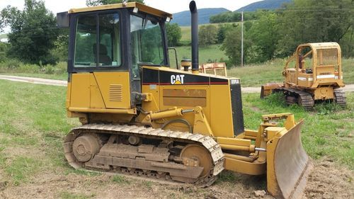 2000 Cat Caterpillar D3C HST III Track Bulldozer for sale at www.quesalesinc.com for $24,000.00